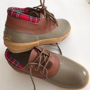 Pappagallo vintage duck shoe plaid + leather trim